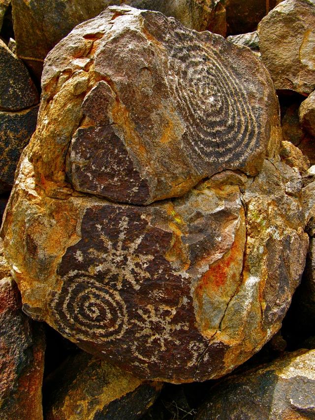 Anasazi Petroglyphs AZ